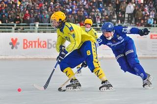 Максим Ишкельдин стал лучшим полузащитником сезона 2012/2013 (Фото Артема Старикова)