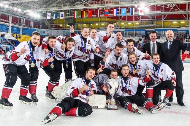 Сборная Латвии - победитель группы Б