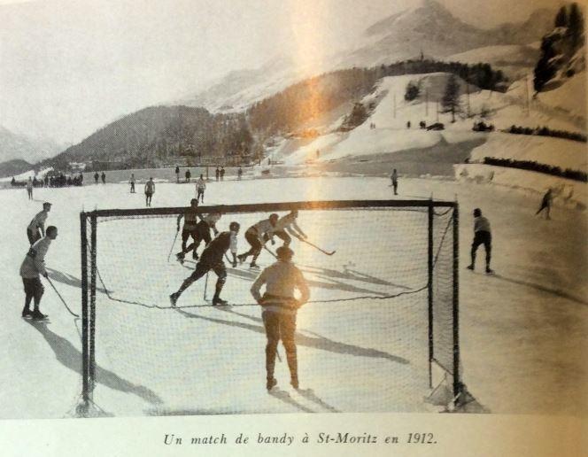 Фото 4. Фрагмент матча на стадионе Санкт-Морица в 1912 г., на котором через год пройдет первый чемпионат мира.