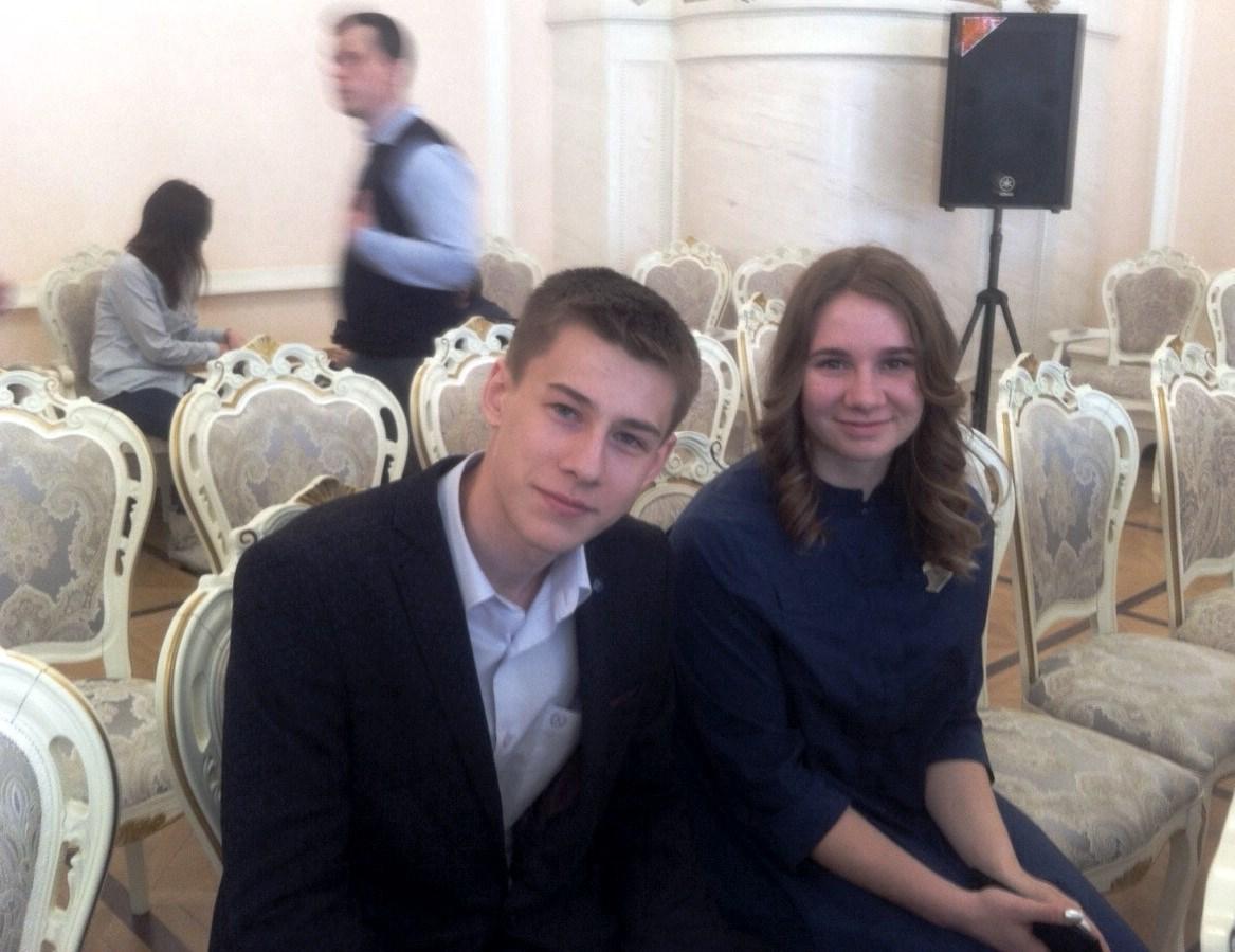 Вячеслав Тугарин и Анастасия Гончарова перед награждением. Фото Александра Савченко