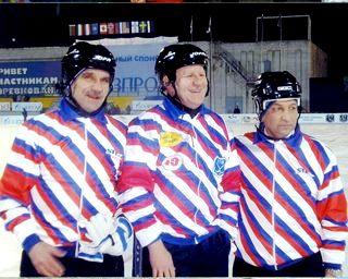 Е.К.Богомазов (справа) на ЧМ-2005 в Казани.