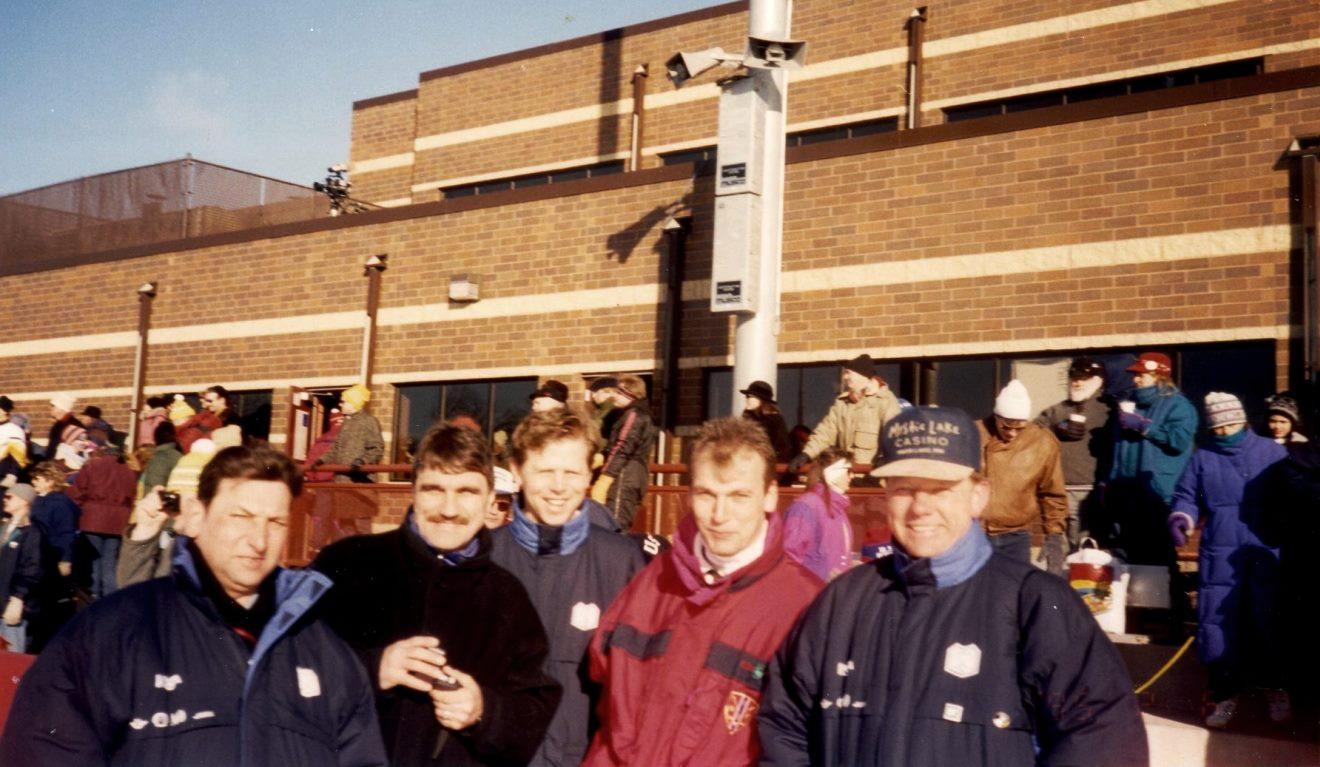 Богомазов, Маркелов и норвежские арбитры Йохансен, Петтерсен и Стенсен. Фото из архива Е. Богомазова.